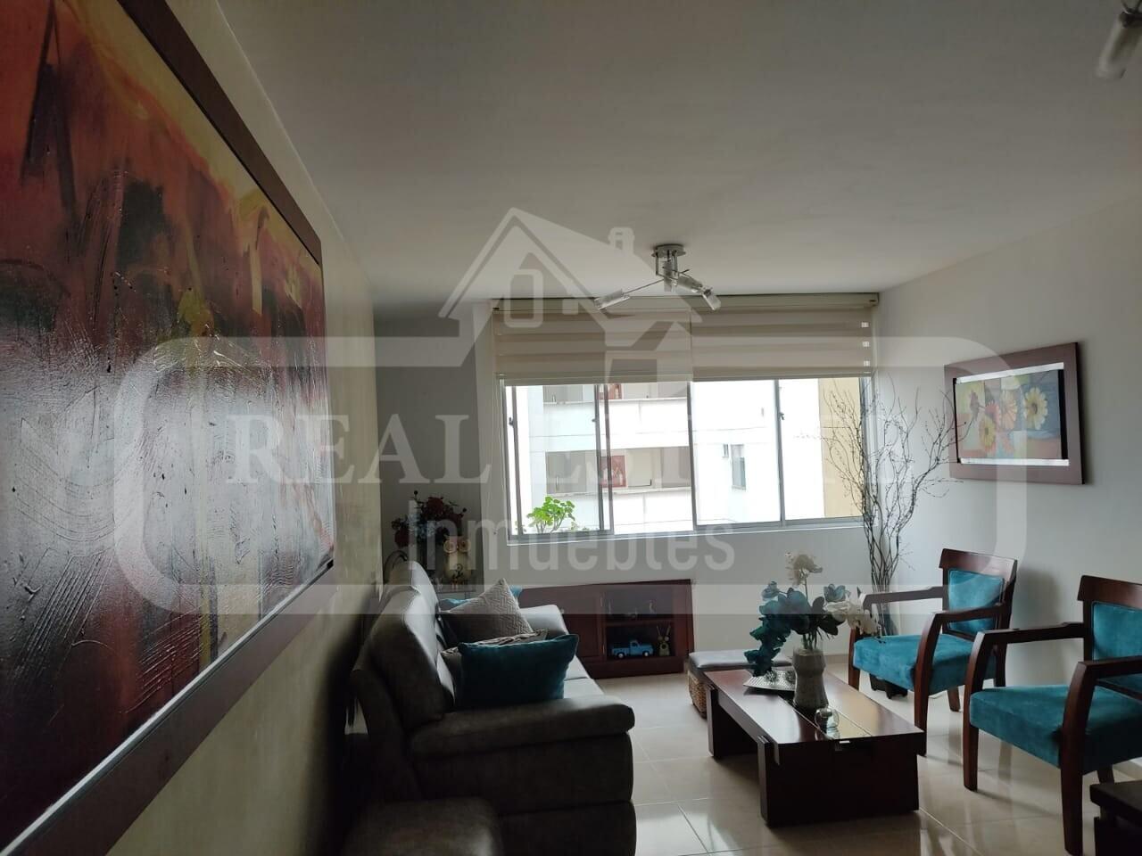 COD 210595    APARTAMENTO SAN FRANCISCO ALTO