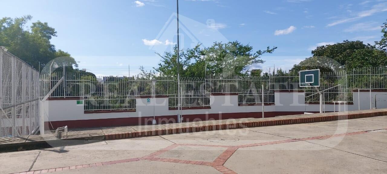COD 210596 | CASA ARCOS DE CAMPESTRE (PARALELA AL BOSQUE)